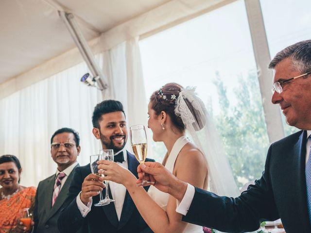 La boda de Mohit y Virginia en Villagarcia Del Llano, Cuenca 30