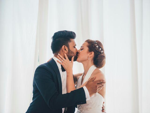 La boda de Mohit y Virginia en Villagarcia Del Llano, Cuenca 31