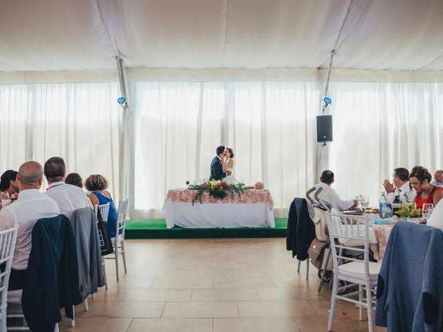 La boda de Mohit y Virginia en Villagarcia Del Llano, Cuenca 35