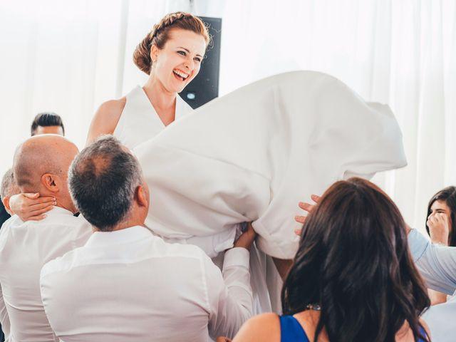 La boda de Mohit y Virginia en Villagarcia Del Llano, Cuenca 38