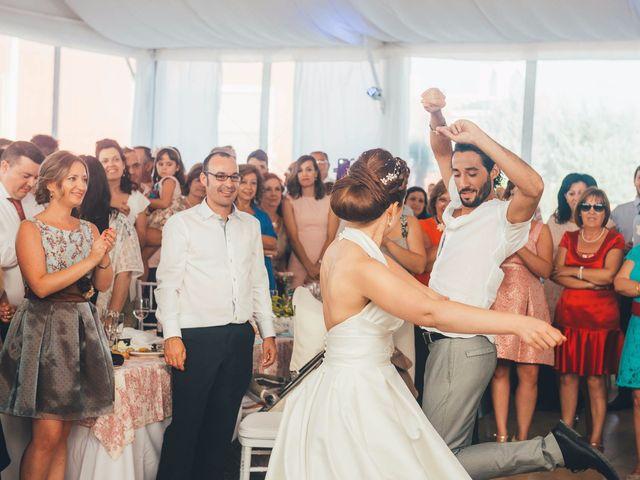 La boda de Mohit y Virginia en Villagarcia Del Llano, Cuenca 47
