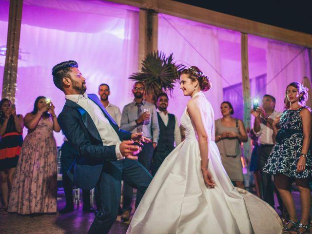 La boda de Mohit y Virginia en Villagarcia Del Llano, Cuenca 80