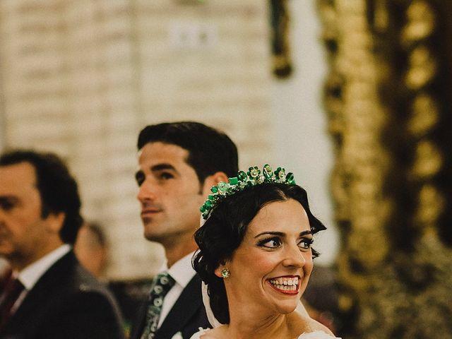 La boda de Alejandro y Alba en La Puebla Del Rio, Sevilla 36