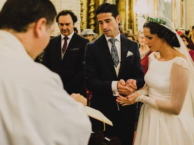 La boda de Alejandro y Alba en La Puebla Del Rio, Sevilla 40