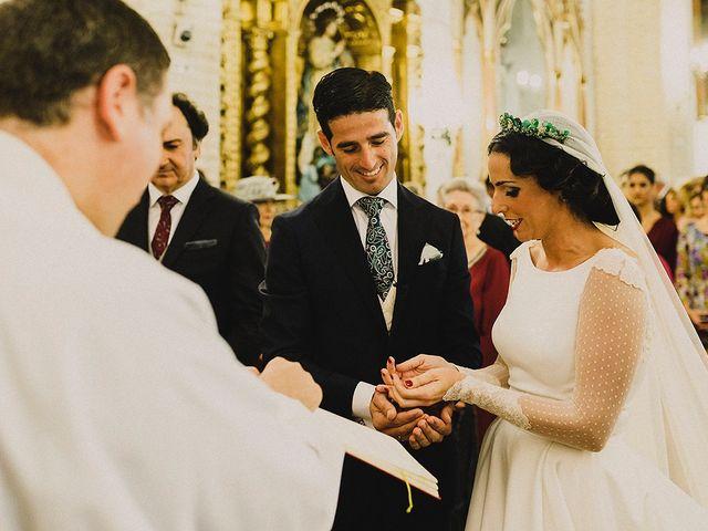 La boda de Alejandro y Alba en La Puebla Del Rio, Sevilla 41