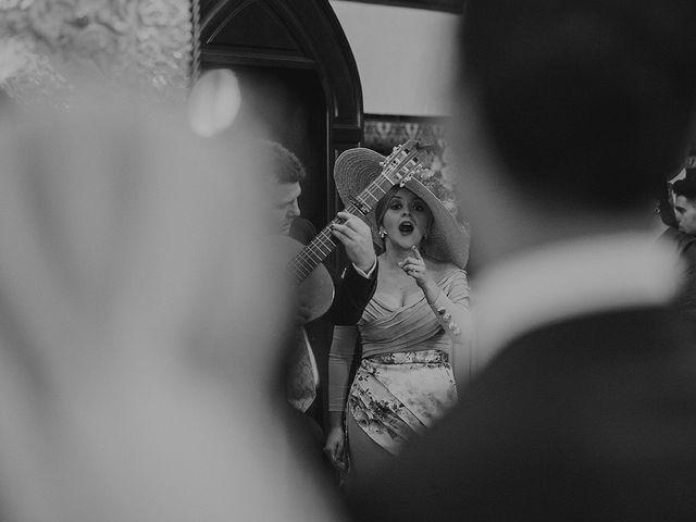 La boda de Alejandro y Alba en La Puebla Del Rio, Sevilla 43
