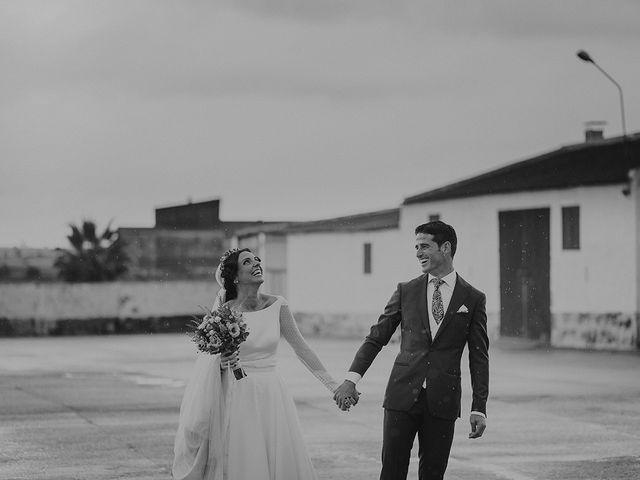 La boda de Alejandro y Alba en La Puebla Del Rio, Sevilla 58