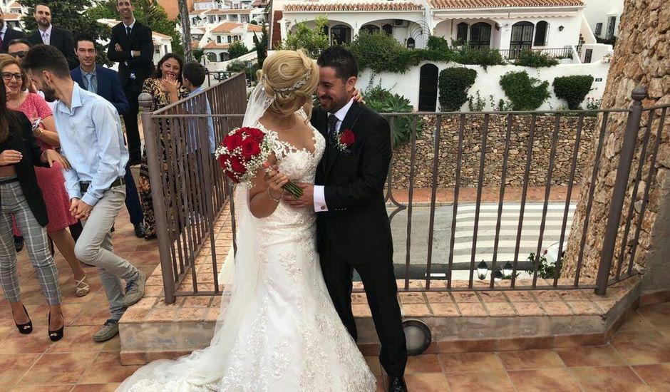 La boda de Mikaela y Antonio Jesús en Nerja, Málaga