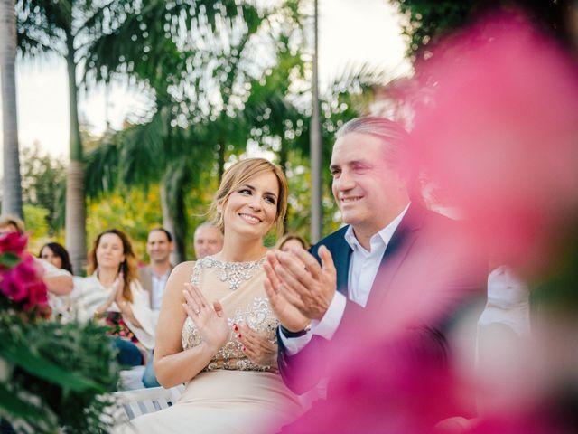 La boda de Victor y Verónica en Santa Cruz De Tenerife, Santa Cruz de Tenerife 53