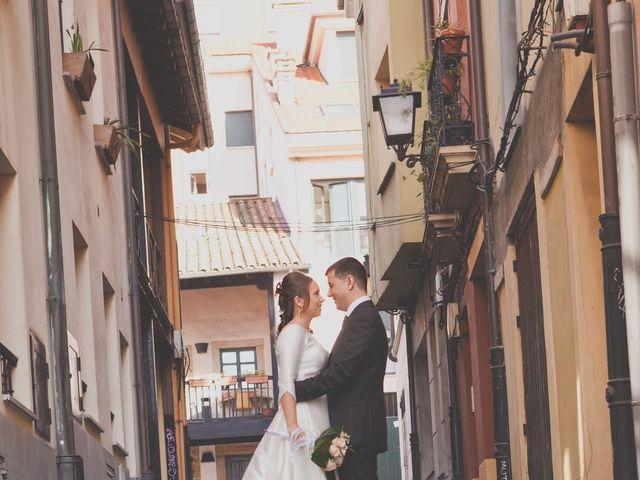 La boda de Álvaro y Beatriz en Gijón, Asturias 22