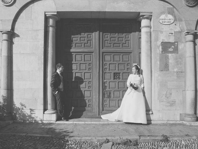 La boda de Álvaro y Beatriz en Gijón, Asturias 23