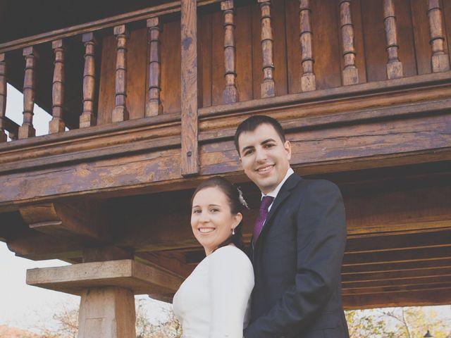 La boda de Álvaro y Beatriz en Gijón, Asturias 36