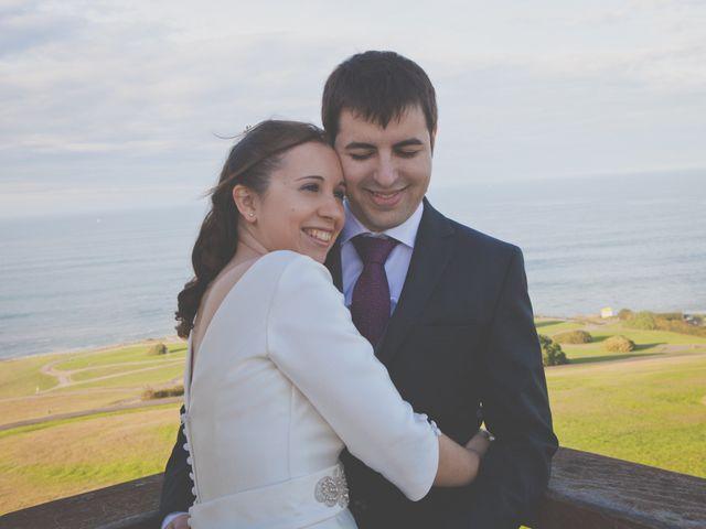La boda de Álvaro y Beatriz en Gijón, Asturias 47