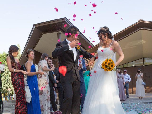 La boda de Carlos y Brillit en Los Santos De La Humosa, Madrid 11
