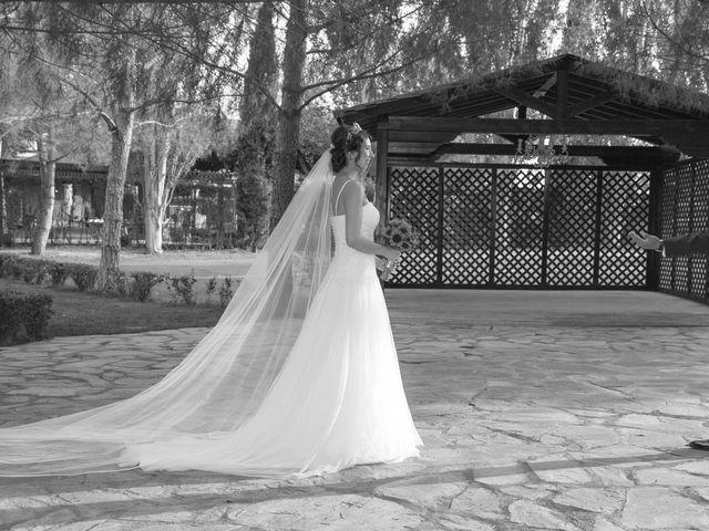 La boda de Carlos y Brillit en Los Santos De La Humosa, Madrid 16