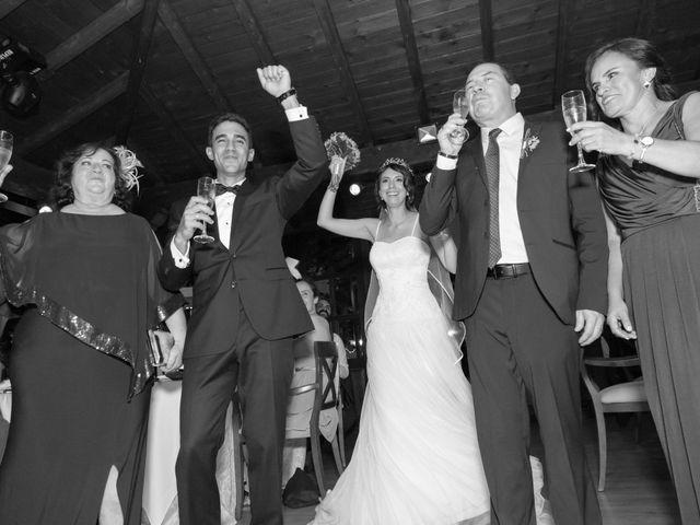 La boda de Carlos y Brillit en Los Santos De La Humosa, Madrid 23