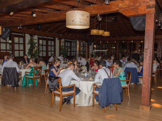 La boda de Carlos y Brillit en Los Santos De La Humosa, Madrid 27