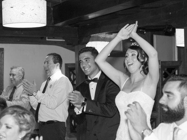 La boda de Carlos y Brillit en Los Santos De La Humosa, Madrid 32