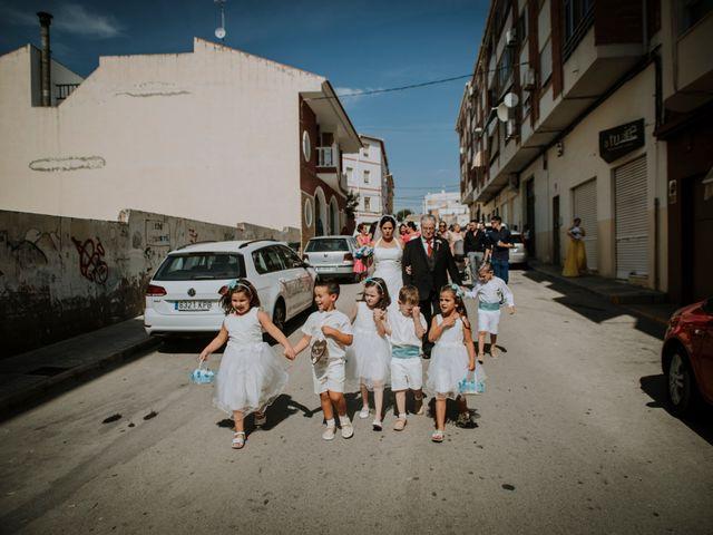 La boda de Cristian y Ana en Petrer, Alicante 53