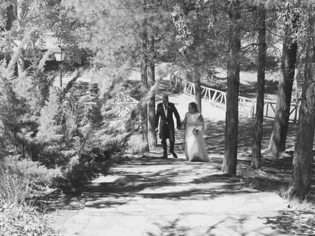 La boda de David y Almudena en Jabaga, Cuenca 16