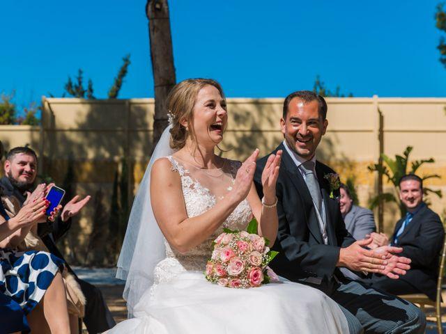 La boda de David y Iryna en Alacant/alicante, Alicante 23