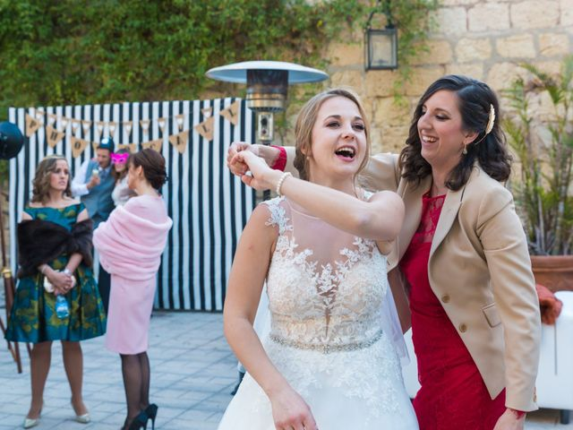 La boda de David y Iryna en Alacant/alicante, Alicante 48