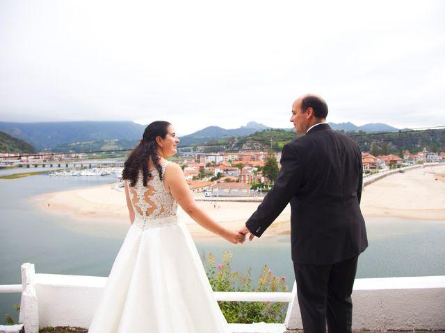 La boda de Iván y Desiré en Noreña, Asturias 28