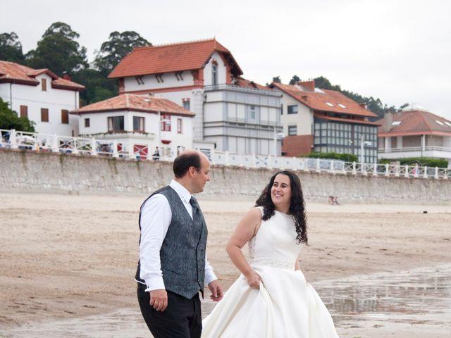 La boda de Iván y Desiré en Noreña, Asturias 33