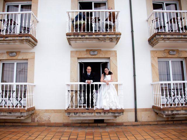 La boda de Iván y Desiré en Noreña, Asturias 36