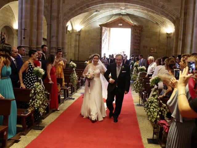 La boda de Miguel Ángel y Cristina en Cáceres, Cáceres 16