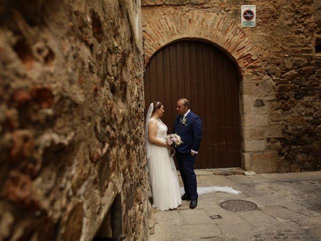 La boda de Miguel Ángel y Cristina en Cáceres, Cáceres 21