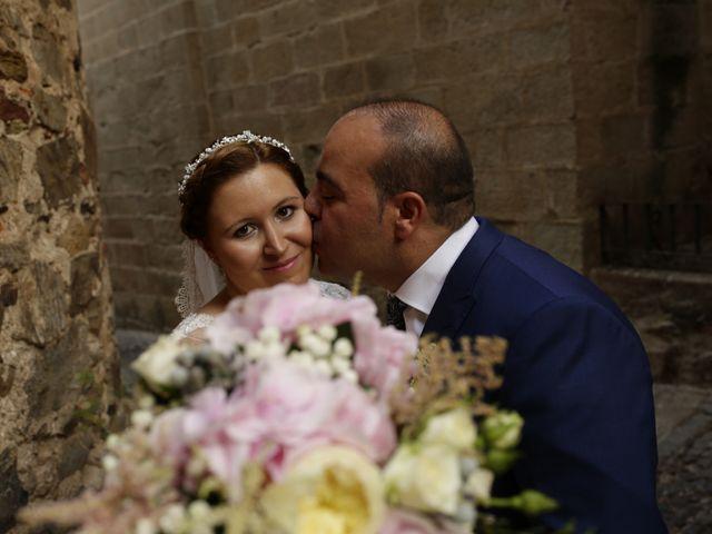 La boda de Miguel Ángel y Cristina en Cáceres, Cáceres 24