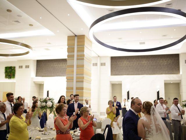 La boda de Miguel Ángel y Cristina en Cáceres, Cáceres 28