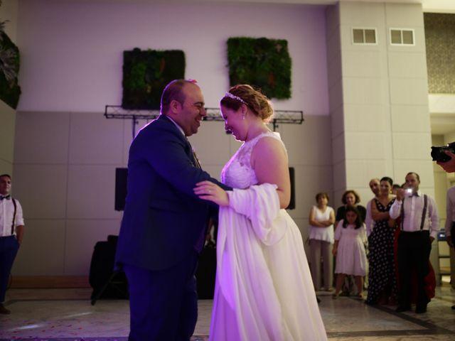 La boda de Miguel Ángel y Cristina en Cáceres, Cáceres 30