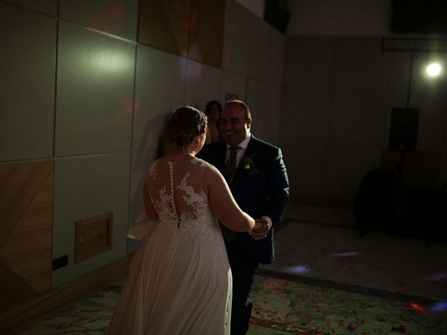 La boda de Miguel Ángel y Cristina en Cáceres, Cáceres 31