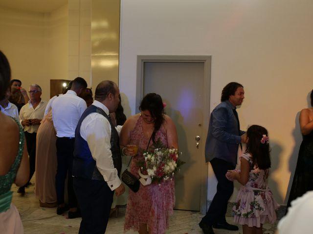 La boda de Miguel Ángel y Cristina en Cáceres, Cáceres 33