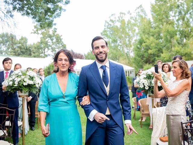 La boda de Guille y Diana en El Escorial, Madrid 21