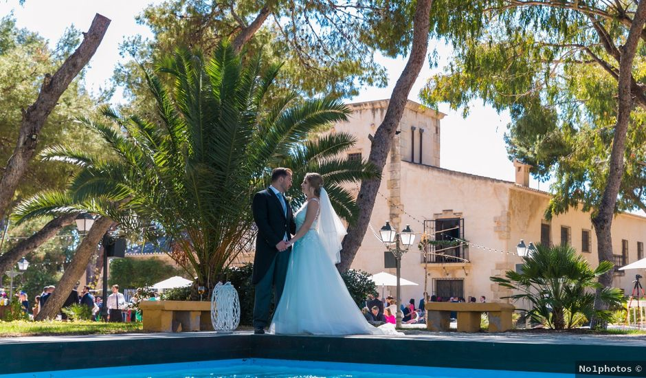 La boda de David y Iryna en Alacant/alicante, Alicante