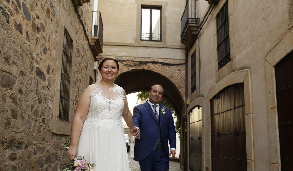 La boda de Miguel Ángel y Cristina en Cáceres, Cáceres