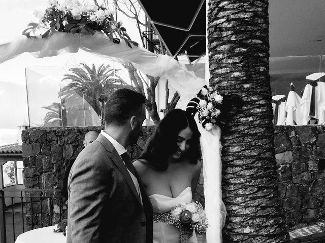 La boda de Fernando y Andrea  en La Victoria De Acentejo, Santa Cruz de Tenerife 6