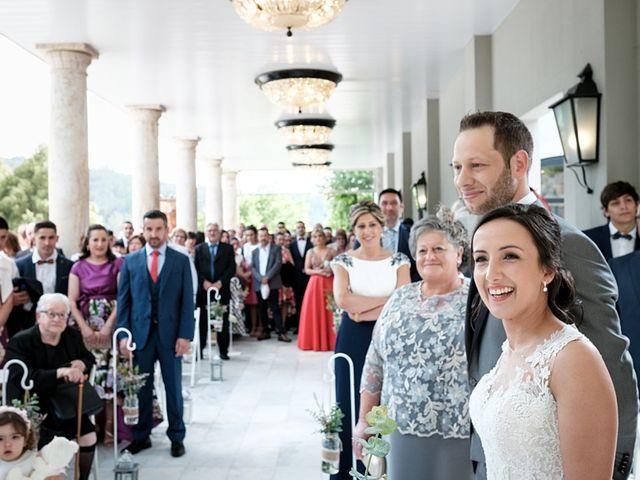 La boda de Tono y Vanesa en Outes, A Coruña 48