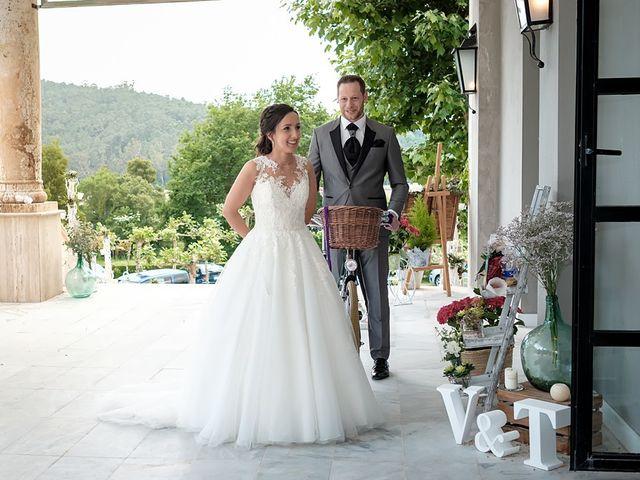 La boda de Tono y Vanesa en Outes, A Coruña 101