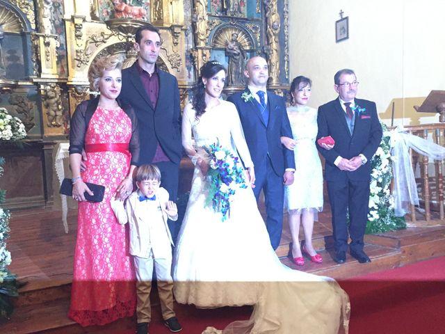 La boda de Rubén y Raquel en Ardoncino, León 12