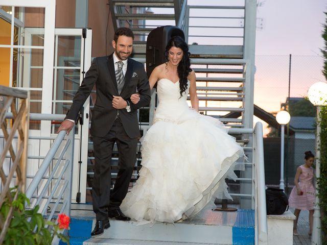 La boda de Adrian y Loli en Ponferrada, León 42