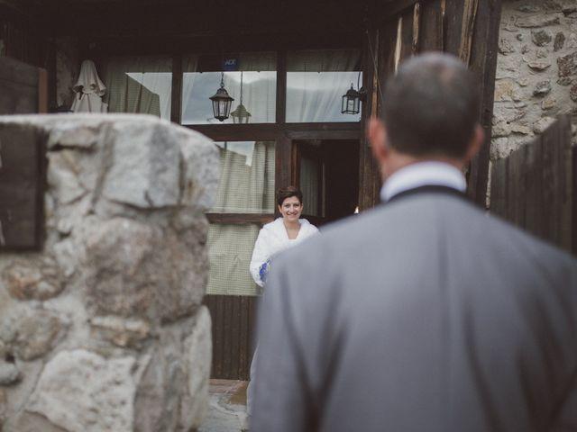 La boda de Jesus y Rebeca en Pinilla Del Valle, Madrid 40