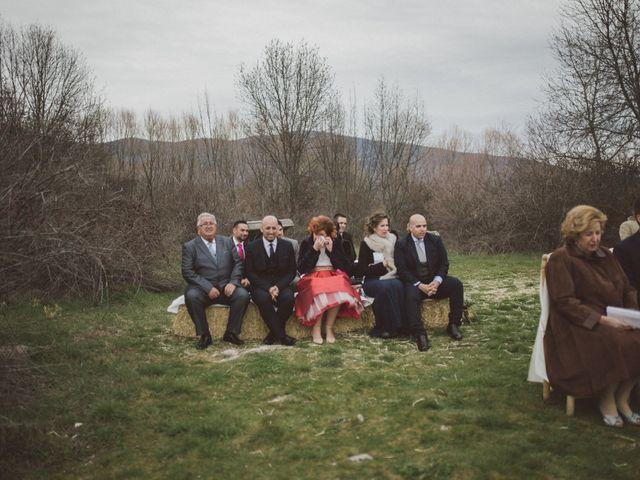 La boda de Jesus y Rebeca en Pinilla Del Valle, Madrid 46