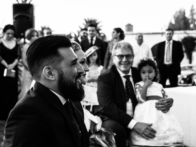 La boda de Christian y Sara en Dos Hermanas, Sevilla 39