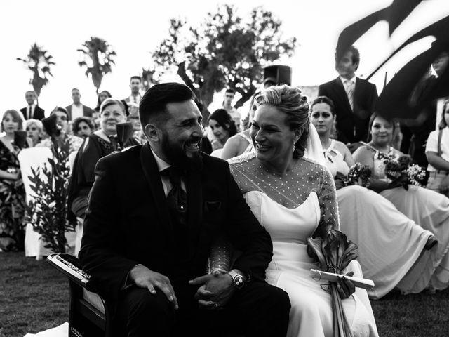 La boda de Christian y Sara en Dos Hermanas, Sevilla 41