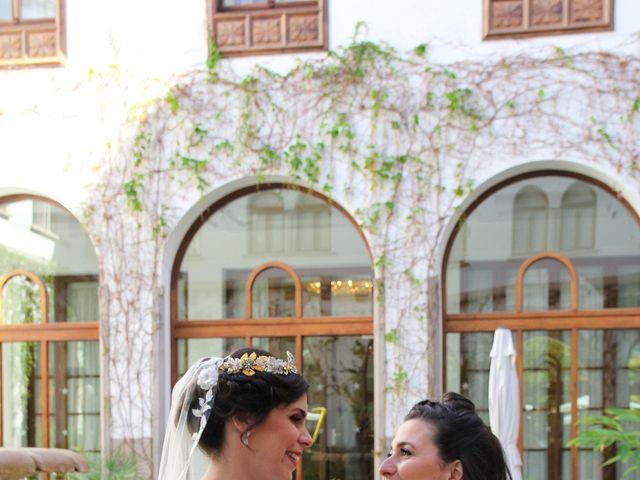 La boda de Jose y Cristina en Santa Cruz De Tenerife, Santa Cruz de Tenerife 32