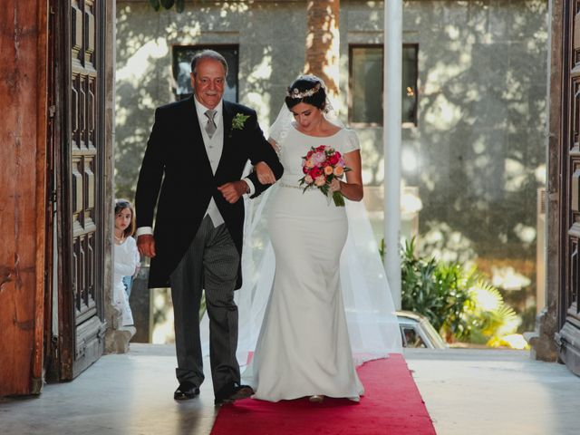 La boda de Jose y Cristina en Santa Cruz De Tenerife, Santa Cruz de Tenerife 40